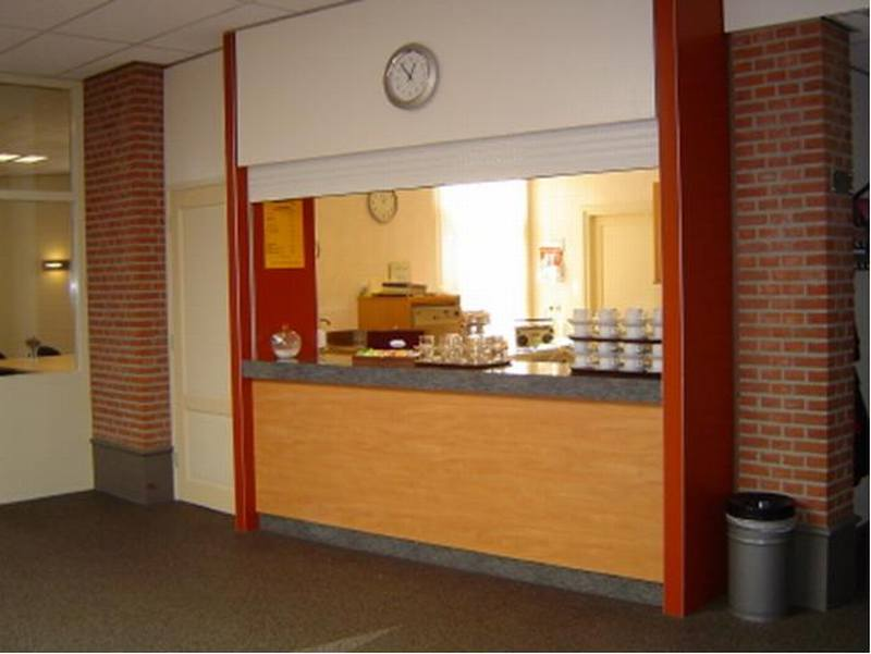 Keuken grenzend aan Foyer