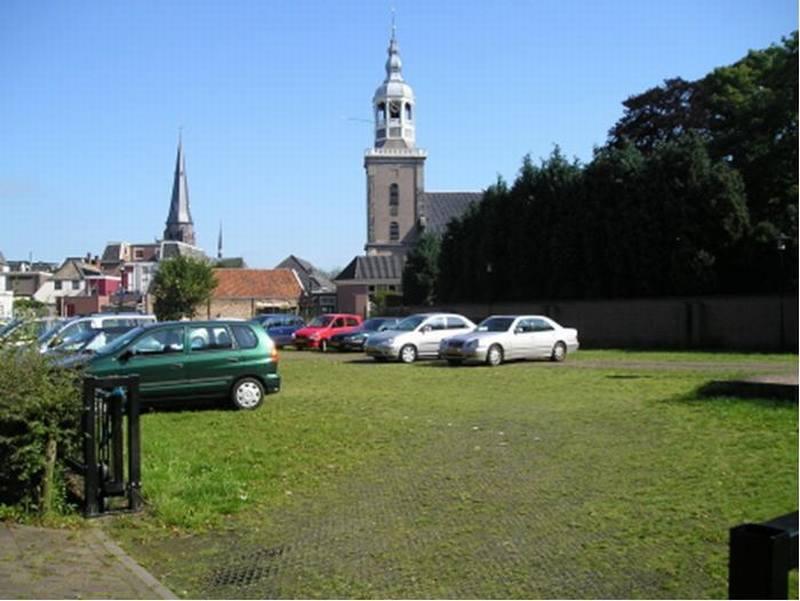 Het parkeerterrein